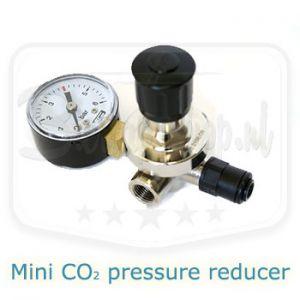 Mini CO2 pressure reducer
